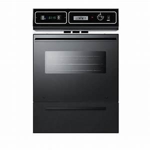 Summit Appliance 24 In  Single Gas Wall Oven In Black