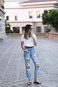 Ripped Jeans Outfits: The Ripped And Distressed Jeans Are ...