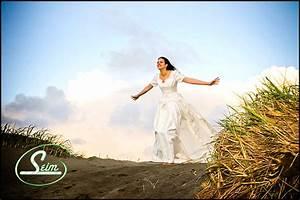 professional wedding photography wedding photography With wedding photographer assistant