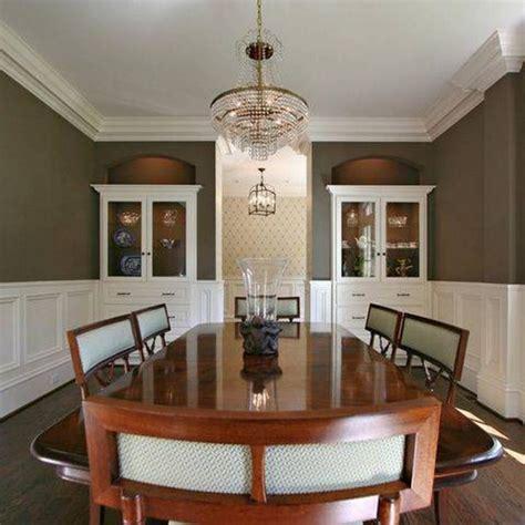 beadboard dining room