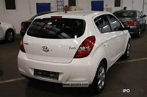 Hyundai I20 Navi : 2012 hyundai i20 1 2 sport climate navigation electric windows car photo and specs ~ Gottalentnigeria.com Avis de Voitures