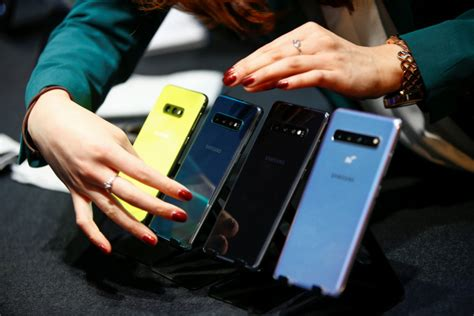samsung galaxy s10 unveiled color pantone flamingo pink tech business times