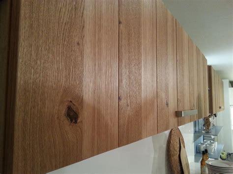 facade bois cuisine façade de cuisine en bois massif moderne