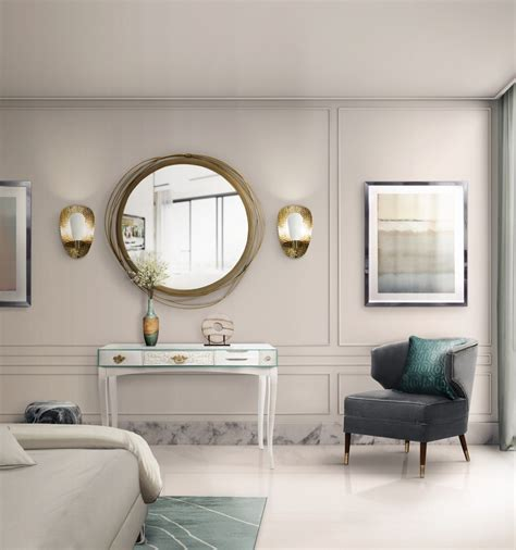 A Wide Variety Of Luxurious Wall Mirrors For Home