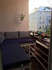 Sofa Für Balkon : cooles ecksofa f r den balkon auf diese weise haben mehr leute platz und sitzen gem tlich ~ Eleganceandgraceweddings.com Haus und Dekorationen