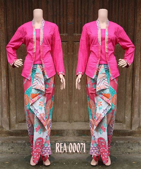 by damayanti on kebaya n batik fashion