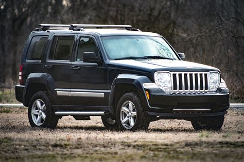 rough country   spacer lift    jeep liberty