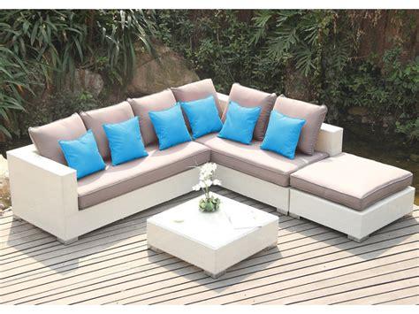 canapé d angle exterieur salon de jardin azurea en résine tressée blanche canapé