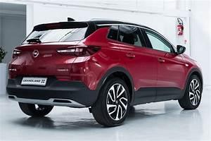 Opel Grandland X Rot : opel grandland x vid o bord du nouveau suv compact d ~ Jslefanu.com Haus und Dekorationen