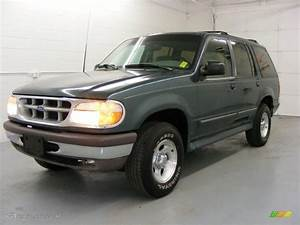 1997 Ford Explorer Photos  Informations  Articles