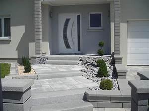 Entrée Maison Exterieur : amenager une entree de maison impressionnant emejing idee ~ Farleysfitness.com Idées de Décoration