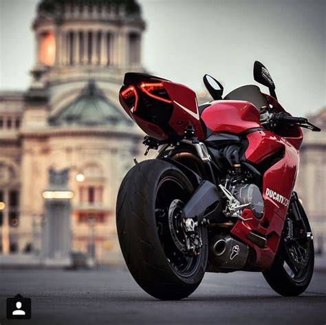 Ducati 899 Panigale Oh Goodness, I May Be In Lust. Look At