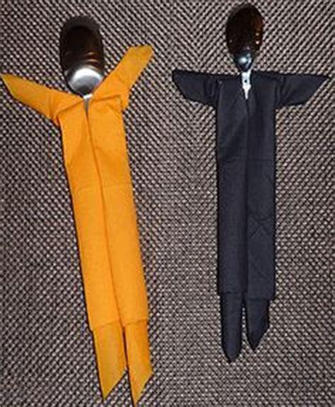 pliage de serviettes on napkins napkin folding and origami