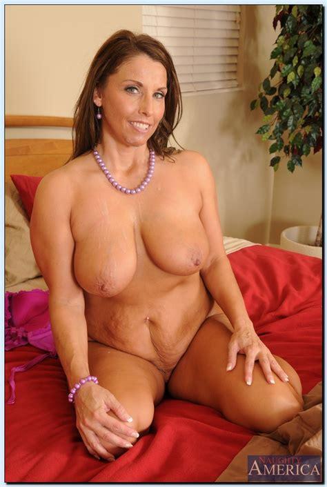 Chubby Milf Is Always Ready For Sex Photos Stacie Starr