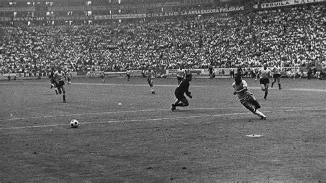 fifa world cup news pele  uruguay