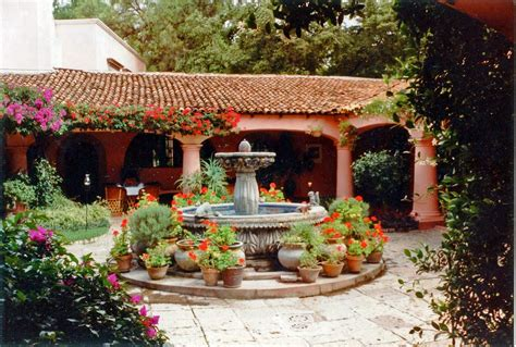 mexican landscaping image gallery mexican courtyard