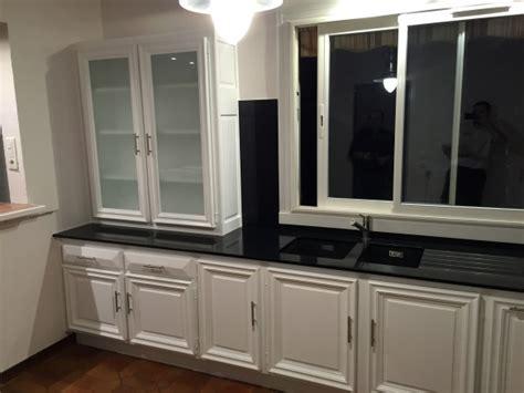 repeindre sa cuisine en blanc repeindre sa cuisine en blanc cuisine chene repeinte blanc repeindre une cuisine en chne fonce