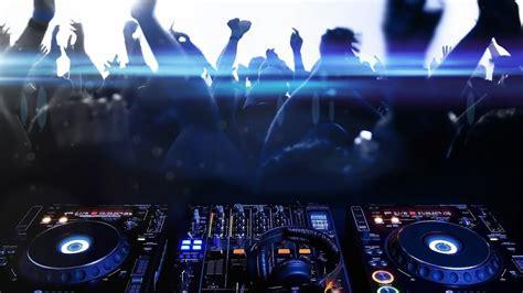 Mudah didengarkan dimana saja serta asik untuk didengar disetia waktu. DJ REGGAEE LAGU BARAT TERBARU REMIX 2019 - YouTube