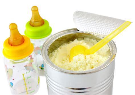 Wanita Menyusui Bayi Bunda Mari Kita Kenali Jenis Jenis Susu Formula Untuk