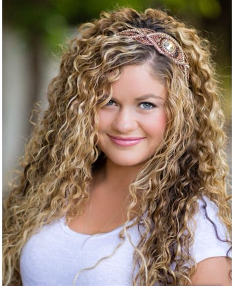 cute curly hairstyles natural curly hair pinterest