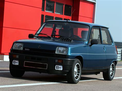 Renault De by Location Pour Votre Mariage Renault Alpine Page 1