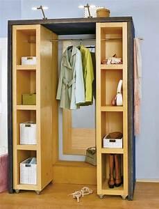 Kleine Schreibtische Für Wenig Platz : die perfekte l sung f r wenig platz im flur eine schiebe garderobe mit der hilfe von prokilo ~ Sanjose-hotels-ca.com Haus und Dekorationen