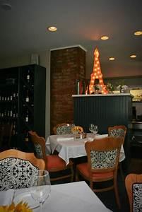 Restaurant La Petite Pierre : romantic dining in cincinnati date night cincinnati ~ Melissatoandfro.com Idées de Décoration