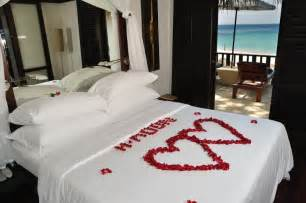 ideas to decorate a bedroom honeymoon bedroom decorations honeymoon bedroom decorations ideas bedroom design catalogue