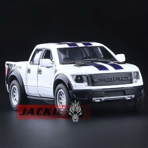 Truck And Suv by High Simulation Exquisite Diecasts Vehicles Kinsmart