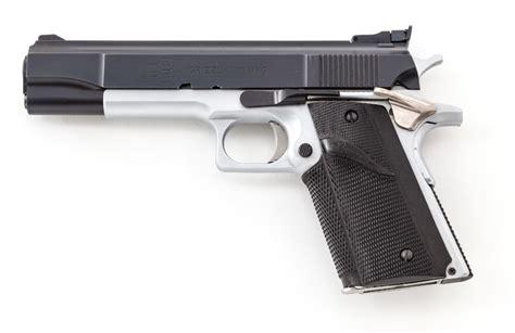 lar grizzly mk i semi automatic pistol