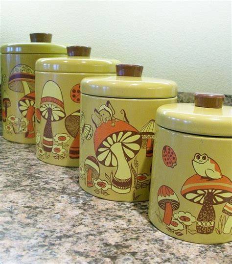 Retro Kitchen Canisters Set by Best 25 Vintage Canisters Ideas On Vintage