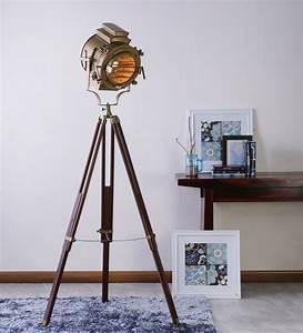 Vintage wooden tripod brass floor lamp antikcart for Wooden tripod floor lamp ireland