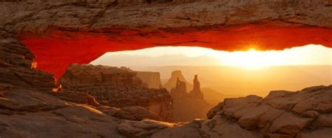 mesa arch  sunset canyonlands national park utah usa