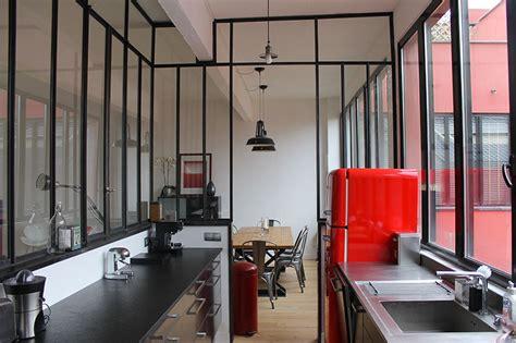 cuisine fenetre atelier fenêtre d 39 atelier en séparation de cuisine salon