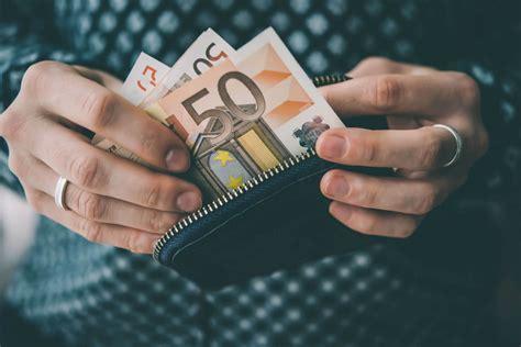 Ko darīt ar savām finansēm pēc aizdevuma atmaksas? | Crediton