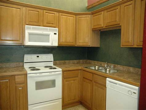 paint colors that go with oak cabinets kitchen nice kitchen paint colors with oak cabinets