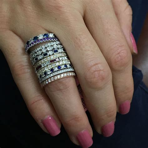 how to wear stackable rings