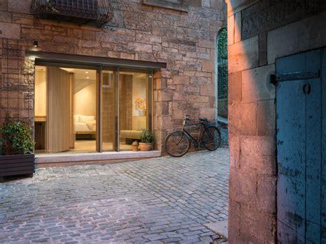 compact apartment  edinburgh interiorzine