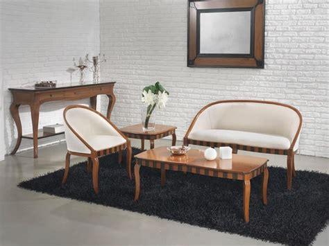 divanetti classici divano in faggio tinte personalizzabili per salotto