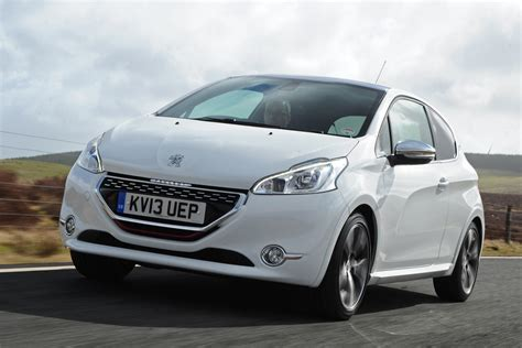 208 Hd Picture by 2013 Peugeot 208 Gti Pictures Auto Express