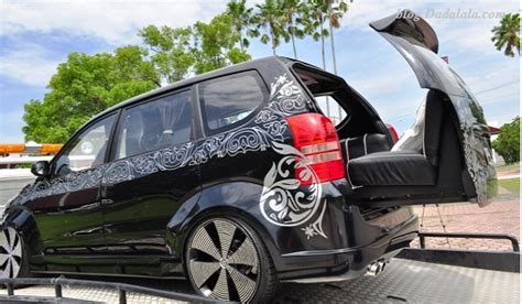 Grand Xenia Wallpaper by Best Truck And Wallpaper Hd Gambar Dan Wallpaper 10