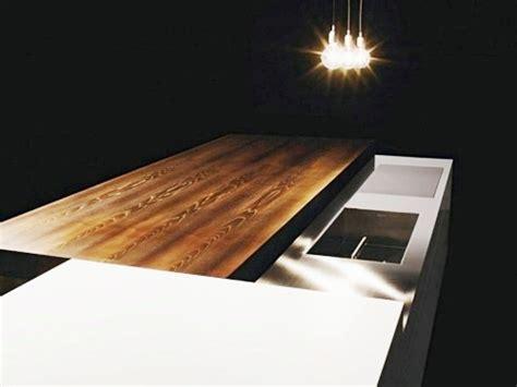 una encimera deslizante  oculta la cocina cocinas