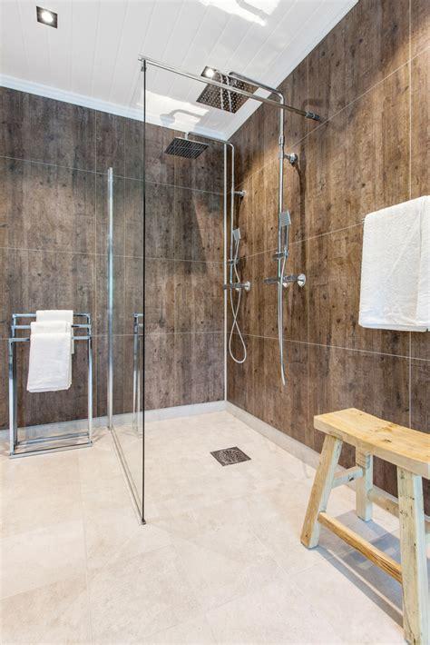 tells   shower tub wall panels