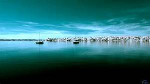Download Wallpaper Yachts in the sea (1920 x 1080 HDTV