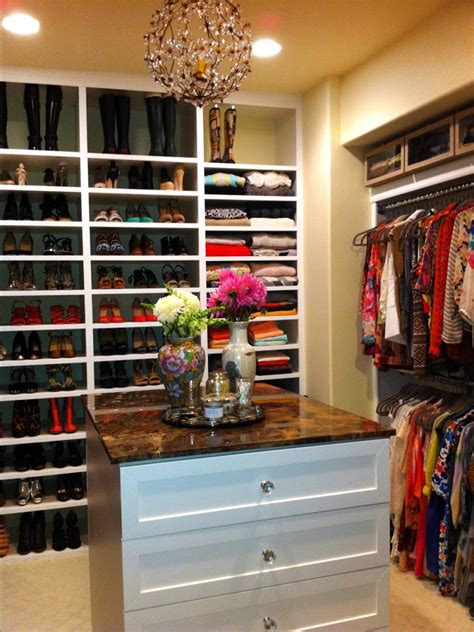Million Dollar Closets Episodes by A Grand Tour Multimillion Dollar Spaces From Hgtv S