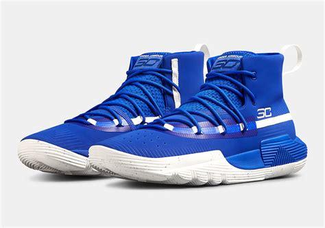 Jadikan game casino online tempat menghasilkan uang. UA SC 3ZER0 II Steph Curry Shoes | SneakerNews.com