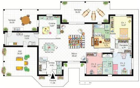 cellier cuisine demeure de plain pied dé du plan de demeure de plain