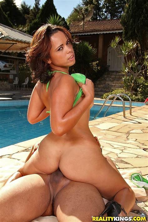 Brazilian Bikini Sex Hot Pics