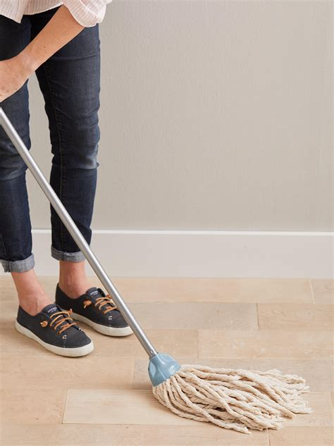 Clean Hardwood Floors   Tricks