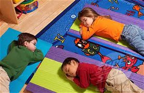 5 ways college students are like kindergartners 313 | nap time